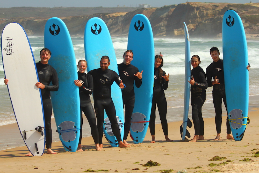 surf school and lessons with bed breakfast in Peniche . surfboards rentals also available